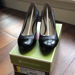 Naturalizer Esme Black Leather Heel 7.5M